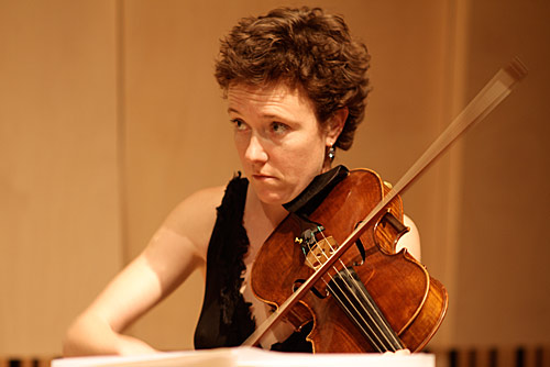 Ceridwen Davies on viola