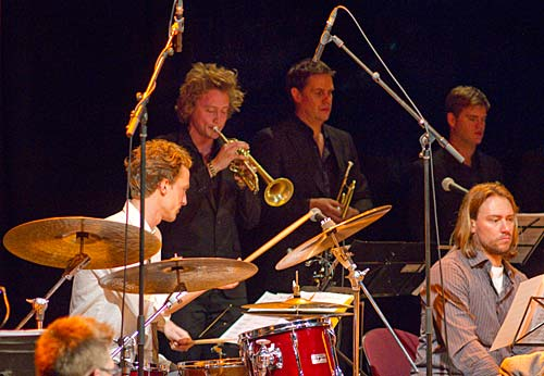 Exciting trumpet: Ken Allars with Jazzgroove Mothership Orchestra