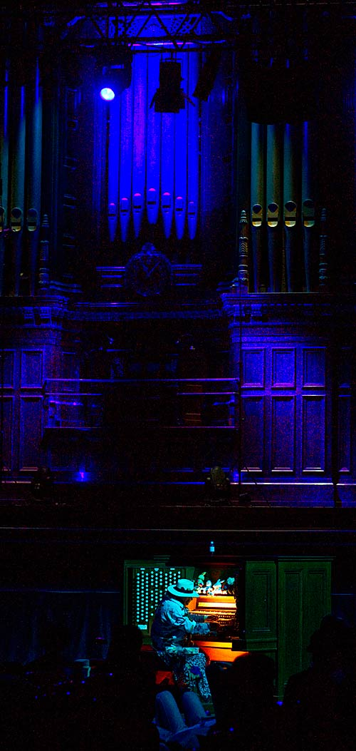 Durations: Charlemagne Palestine at the grand organ, Melbourne Town Hall