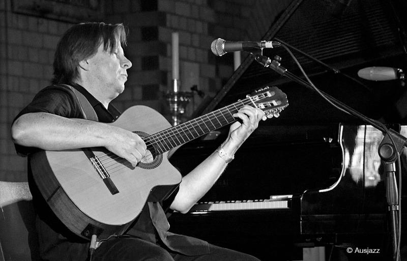 Doug De Vries performs with Frank Di Sario and Alastair Kerr at Wangaratta Jazz & Blues Festival 2012