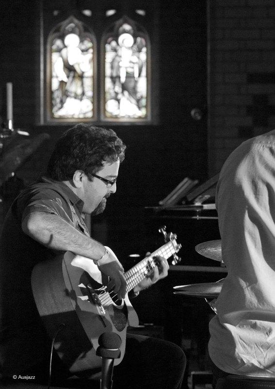 Frank Di Sario performs with Doug De Vries