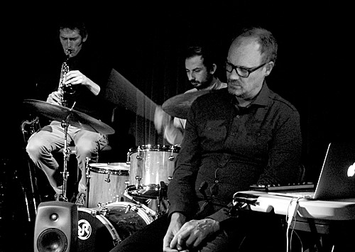 Tony Hicks, Joe Talia and Peter Knight