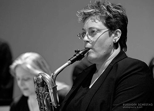 Lisa Parrot