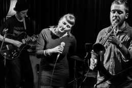 Thhomas Mansfield guitar, Allysha Joy vocals, Reuben Lewis trumpet
